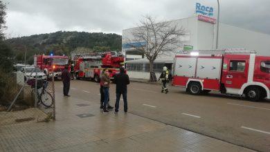 Photo of Incendi a la nau de Bongrup al polígon de Pollença