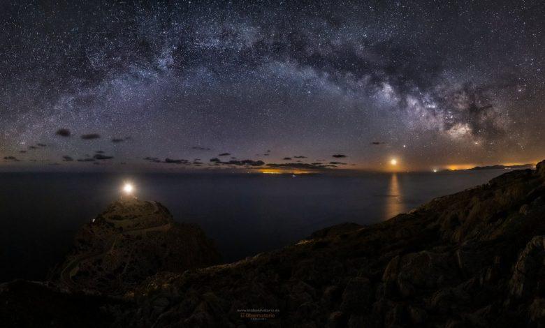 La Via Làctia fotografiada des de Formentor