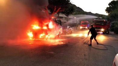 Photo of Gran ensurt en incendiar-se una autocaravana al Moll