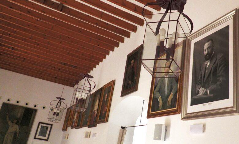 Photo of Reorganitzen la galeria de Fills Il·lustres de Pollença