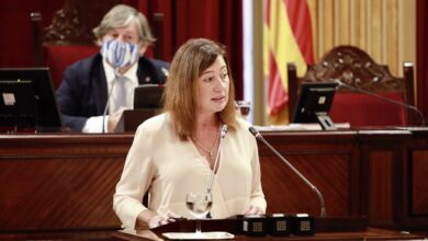 Photo of Noves mesures més restrictives per a frenar la Covid19 a les illes